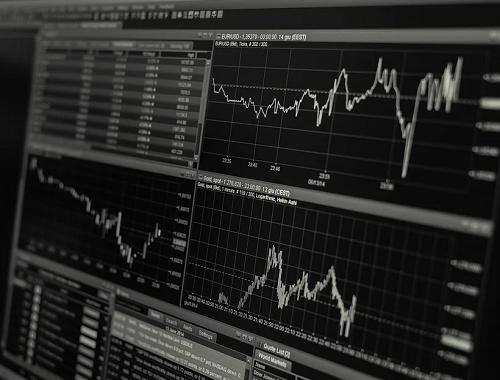 两会行情关注的焦点_两会行情关注什么板块的股票?