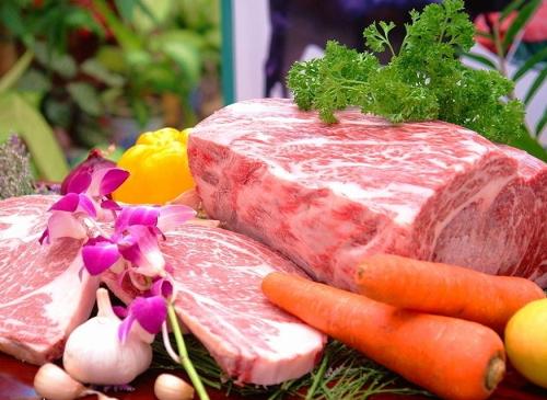 农业农村部部长回应猪肉价格还会大涨吗?