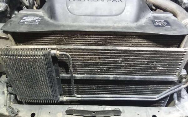 汽车空调不制冷的原因 奔驰空调开AC不制冷