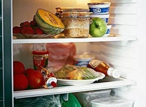吃剩的饭菜放凉了再放进冰箱这种做法对么答案